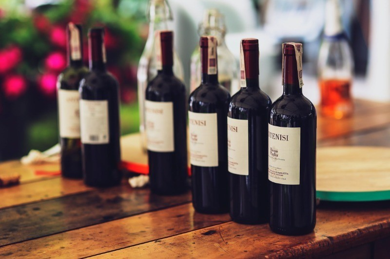 Как выбрать хорошее, но недорогое вино