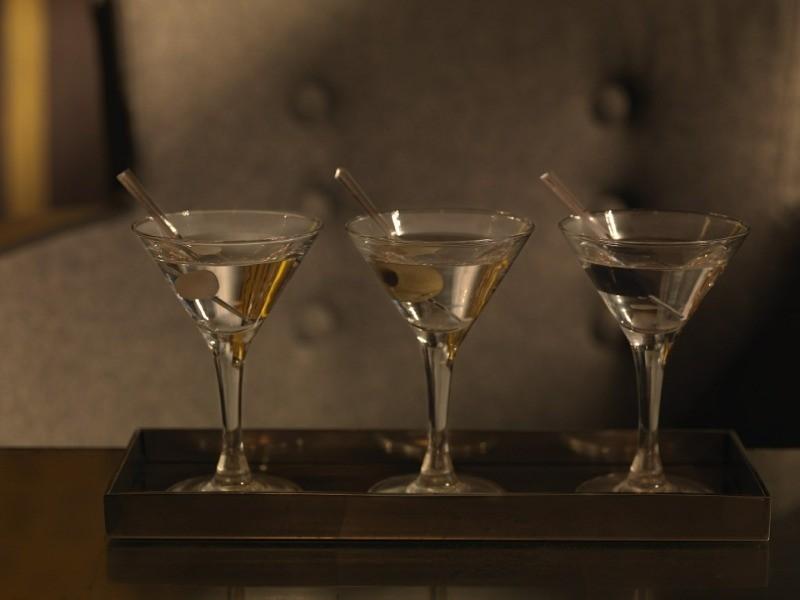 Как пить мартини Бьянко: лучшие закуски и выгодные сочетания