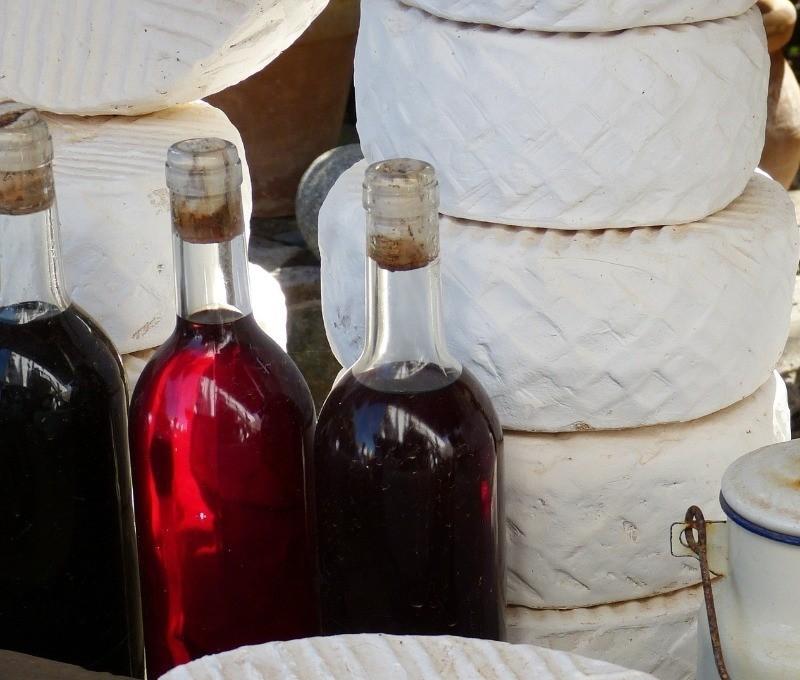 Как сделать вино из компота, даже если он забродил